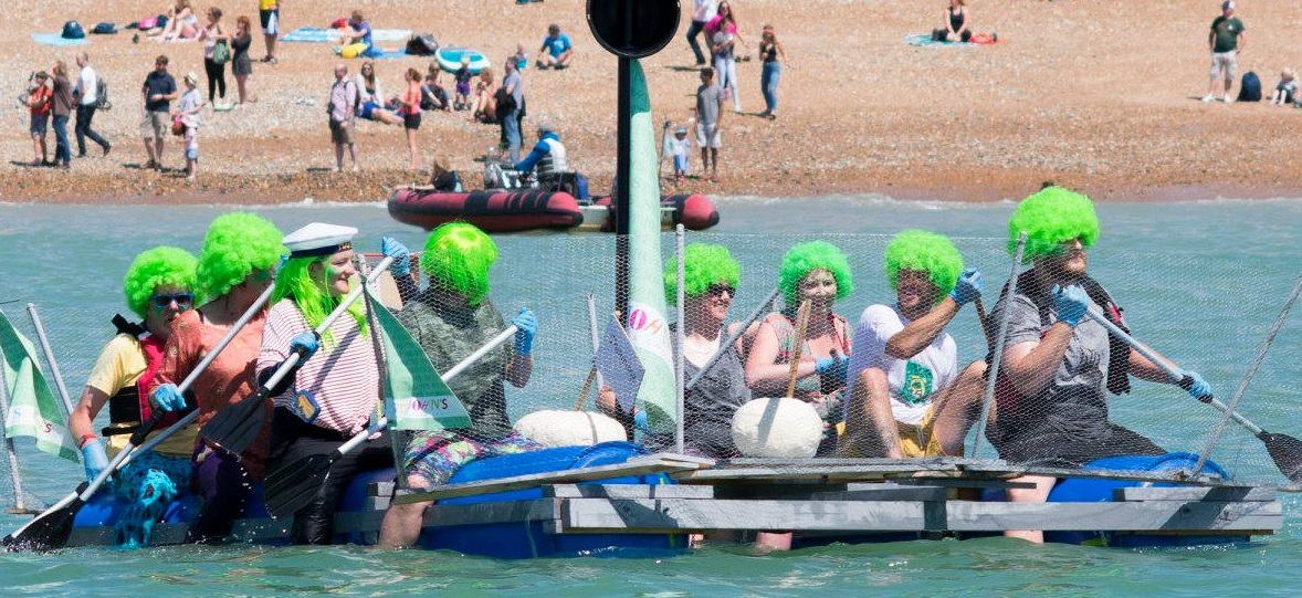 Photo Paddle Round the Pier 2 Title Sussex Magazine www.titlesussex.co.uk
