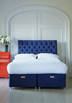 Divan bed and matress by Naturalmat