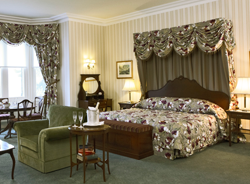 MAIN-IMAGE-Ashdown-Park-roomsquare