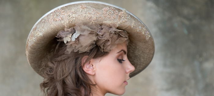 Tegen-Accessorirs-Hats-and-Fascinators