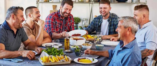 Nick Knowles shares vegan food with friends