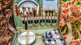 The Sussex Picnic Quiz on Title Sussex Magazine www.titlesussex.co.uk