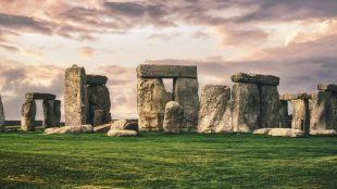 Stonehenge - Article for Title Sussex - www.titlesussex.co