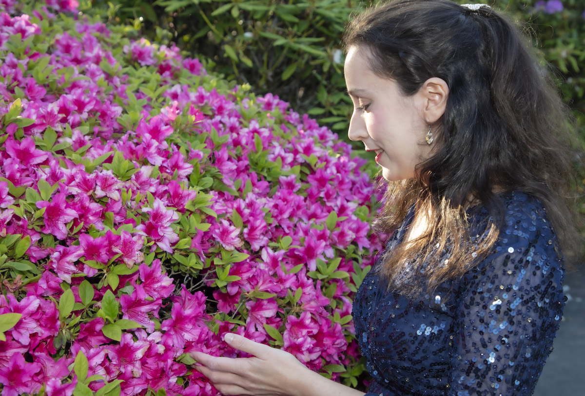 Painist Maria Marchan enjoying the Azaleas at the Leonardslee Gardens Live Music Night - article on Title Sussex - www.titlesussex.co.uk